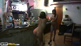 Caprice & Dasi West & Kelsey & Mimi & Noell & Zena in college chicks and horny dudes fucking ferociously