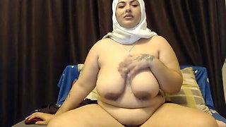Indian BBW's saggy tits