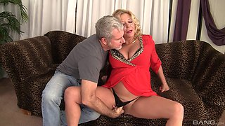 Mature granny Karen Summer fucked in her hairy pussy by a stranger