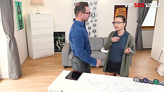 VipSexVault - Nerdy Girl Therese Bizzare First Time On Cam