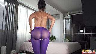 Hot ass wife Canela Skin loves playing with her sex toys. HD