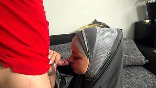 Muslim wife tries a cock cigarette