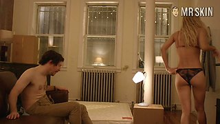 Emilia Clarke shows some of her left butt cheek in a hot GoT Scene
