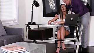 My Super Hot Assistant Jaye Summers Lets Me Cum On Her Feet