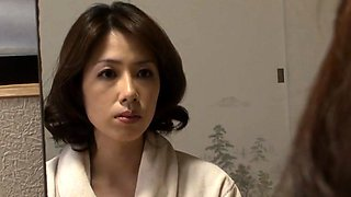 Stacked Japanese housewife confesses her love for young meat