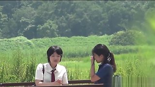 Japanese skank urinates