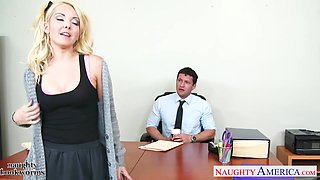Sexy coed Aaliyah Love wants a good grade so she fucks her dean