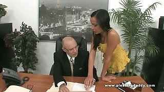 Old Boss Fucks Young Sexy Secretary