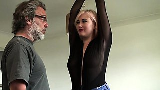 British skank squirts before spunked in mouth