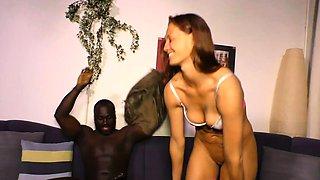 HAUSFRAU FICKEN - Hot interracial sex with German housewife