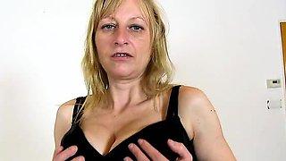 Elder czech wife Gabina facesitting a submissive male