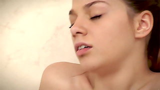Della and Loreen licking and fingering plus big clit sucking