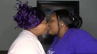 2 bbws kiss for the first time sexy