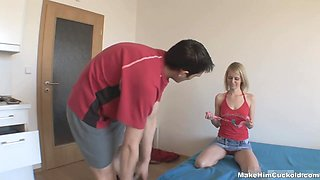 Russian cuckold sex tube video featuring pretty young blondie