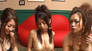 Best Japanese model Anna Kosaka, Roa Sumikawa, Satomi Suzuki in Exotic Swallow/Gokkun, Fingering JAV movie