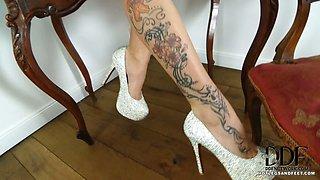 Temptress In Sparkly Heels