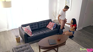 Sex-appeal stepsister Audrey Royal gives a blowjob to her stepbrother after fighting