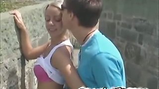 Amateur french girlfriend on an outdoor blowjob