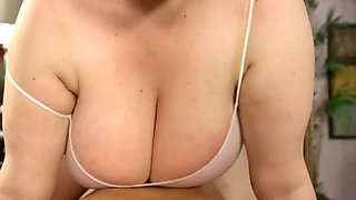 Horny chubby bbw babe gets titfuck suck and fuck