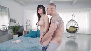 Nice babe Mey Bala gets in hands of seasoned gentleman