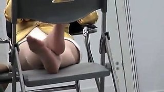 Voyeur spying on a beautiful Japanese lady with sexy feet