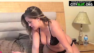 Amateur busty pawg stepsister caught her brother