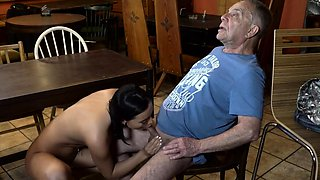 DADDY4K. Anna has old and young sex act in the bar