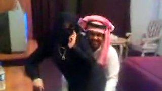 Arab woman gets fucked by a stranger.