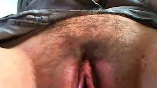 A huge talking pussy
