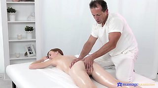 Deep pussy action on the massage table with an older masseur