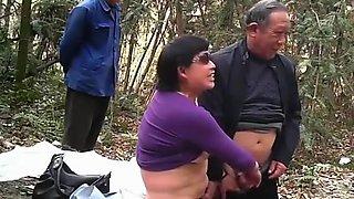 Old asian man fucks chubby asian prostitute